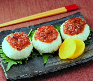 レシピ 食べるだし醤油のやきおにぎり♪: 堅魚屋(かたうおや)の ...